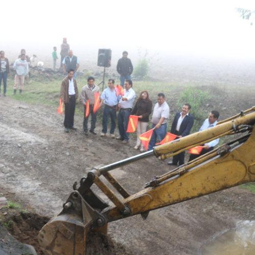 Inicia construcción de puente vehicular en parajes Agua del Sol y Los Cangrejos en Tlaxiaco