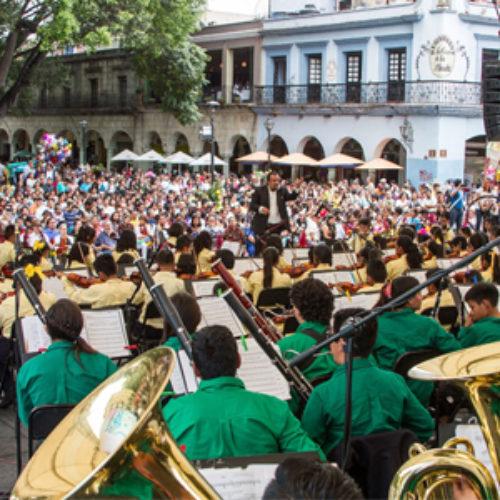 """Ofrece Orquesta Sinfónica """"Esperanza Azteca"""" magno concierto en el Zócalo"""