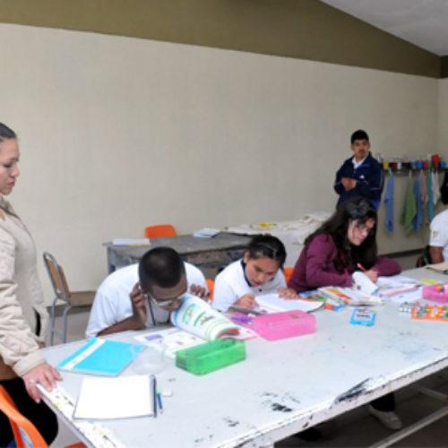 Respalda CAM 04 de Huajuapan de León educación incluyente y de calidad en favor de alumnos con atención especial