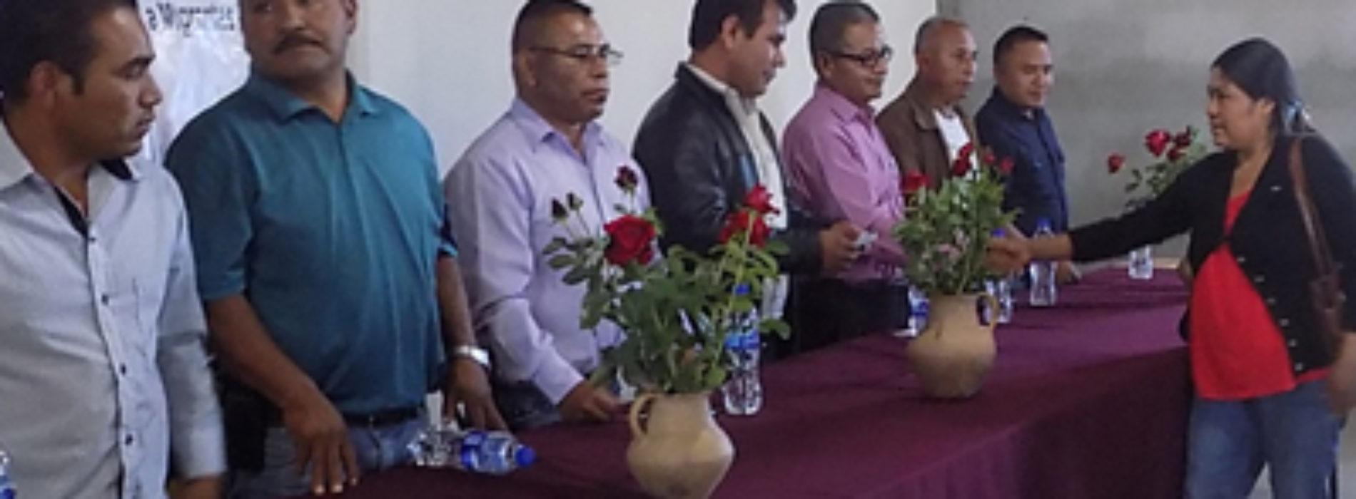 Entrega IOAM recursos del Fondo de Apoyo a Migrantes 2015 en la Mixteca