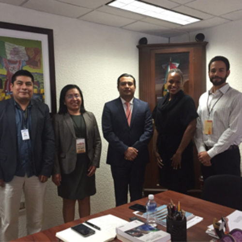 Sostiene titular del IEEPO reunión con Oficial de Asuntos Económicos de la Embajada de EU en México