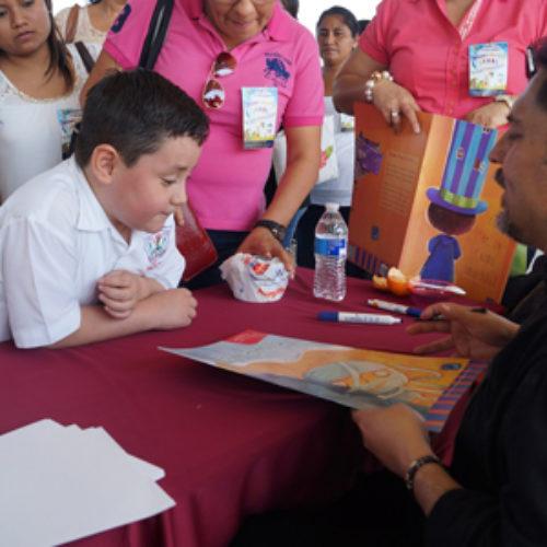 Imparte Emilio Ángel Lome conferencias y talleres a escuelas primarias de la zona escolar 139 de Tuxtepec
