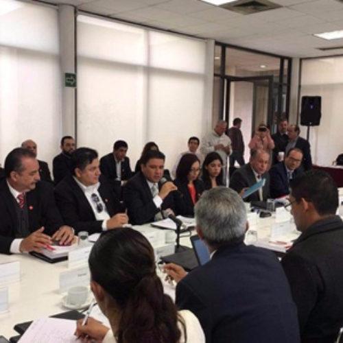 Gobierno de Oaxaca participa en reunión para mejoras municipales