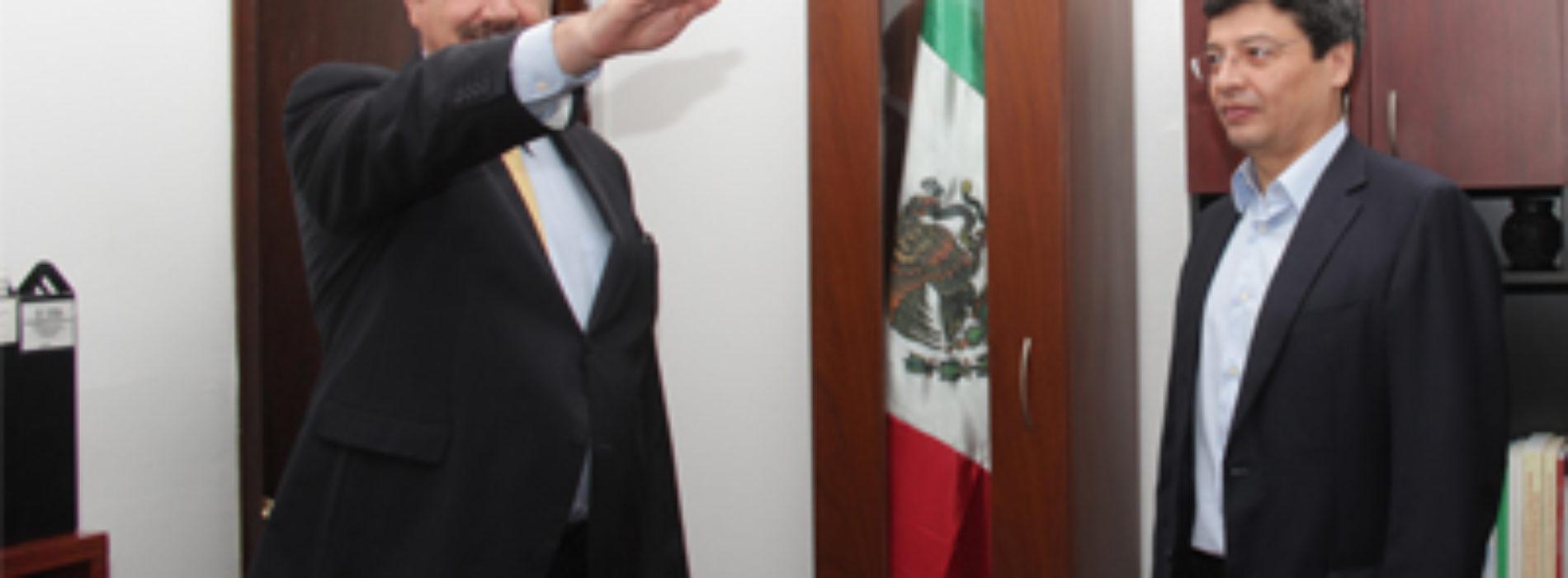 Designa Gabino Cué a Jorge Vilar Llorens como nuevo titular de la CGEMSySCyT