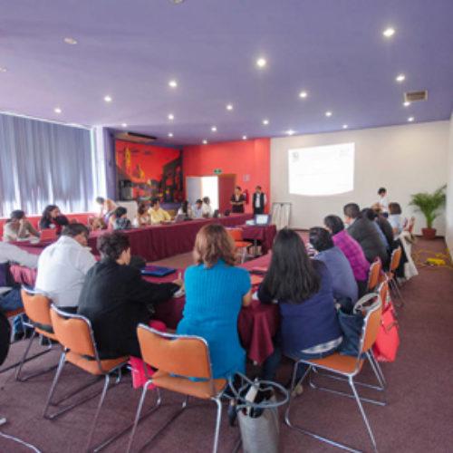 """Imparte IEEPO taller """"Asesor para el Diseño del Programa Formativo"""" a docentes formadores"""