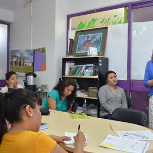 Capacita IOAM a personal del IMO sobre atención a mujeres y migración