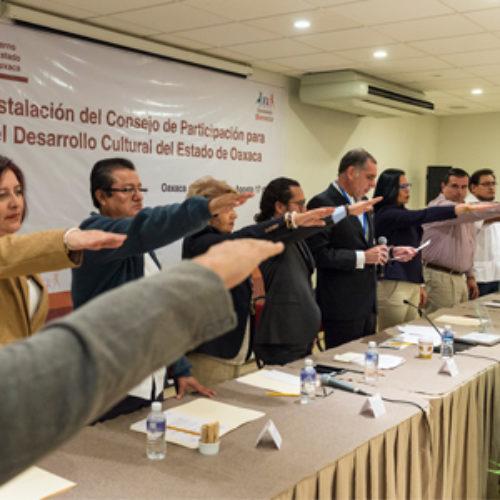 Reafirma Gabino Cué su compromiso para fortalecer el sector cultural