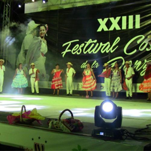 La 23 edición del Festival Costeño de la Danza hermanó con música, ritmo y canto a la región