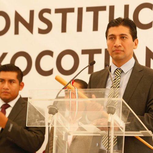 ALEJANDRO LÓPEZ JARQUÍN RINDIÓ PROTESTA COMO PRESIDENTE MUNICIPAL CONSTITUCIONAL DE SANTA CRUZ XOXOCOTLÁN