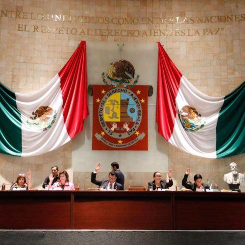 """""""CONTRIBUIREMOS DESDE EL CONGRESO DE OAXACA EN LA ELIMINACIÓN DE LA CORRUPCIÓN EN TODOS LOS NIVELES DEL GOBIERNO DEL ESTADO"""" DIJO EL DIPUTADO LOCAL Y PRESIDENTE DE LA MESA DIRECTIVA SAMUEL GURRIÓN MATIAS"""