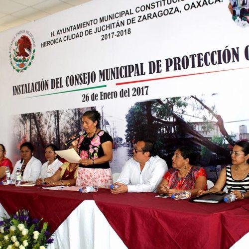 QUEDA INSTALADO EN JUCHITÁN EL CONSEJO MUNICIPAL DE PROTECCIÓN CIVIL, GLORIA SÁNCHEZ LÓPEZ