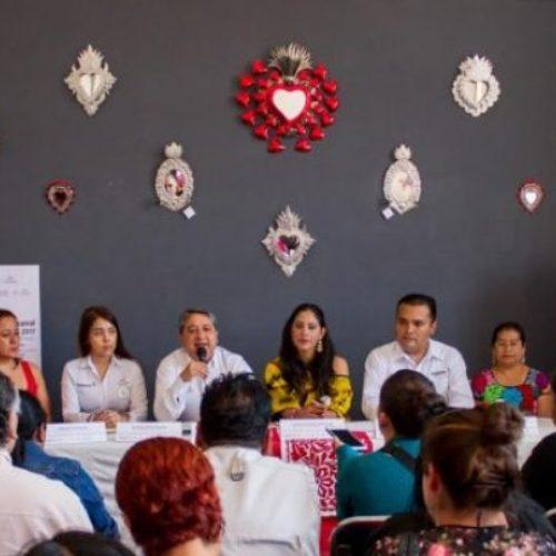 """Presentan """"Expo Artesanal Guelaguetza 2017""""."""