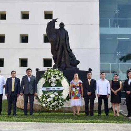 Rememora 63 Legislatura de Oaxaca legado de Benito Juárez; Vivos sus ideales.