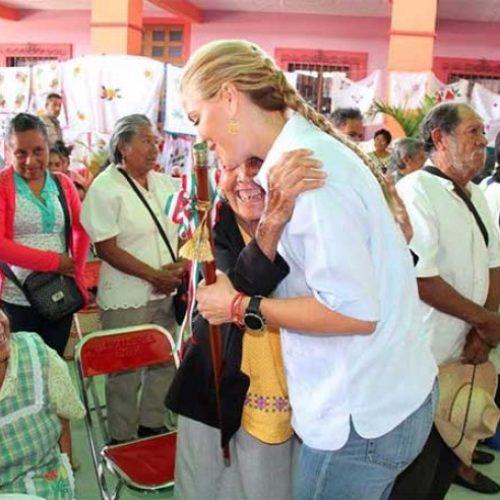 Inaugura Ivette Morán Centro de Atención Infantil Comunitario CAIC.