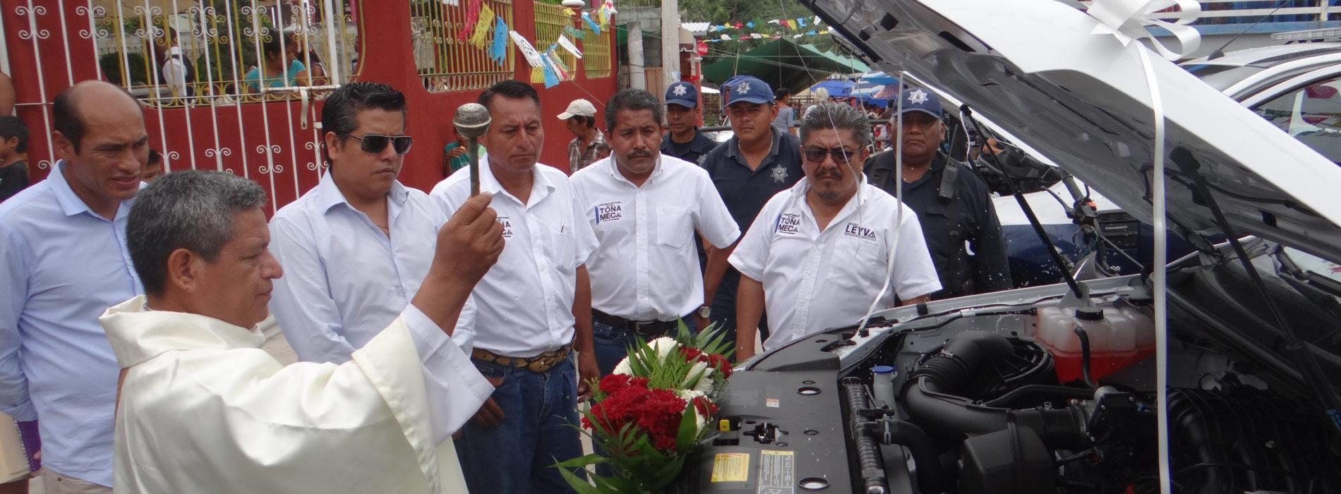 ENTRE DA PATRULLAS A LA DIRECCIÓN DE SEGURIDAD PÚBLICA DE SANTA MARÍA TONAMECA