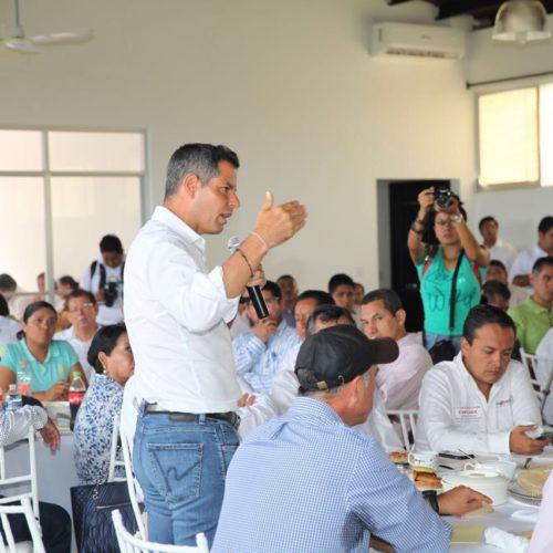 Encabeza Gobernador de Oaxaca  reunión con presidentes municipales de los 41 municipios afectados por el sismo