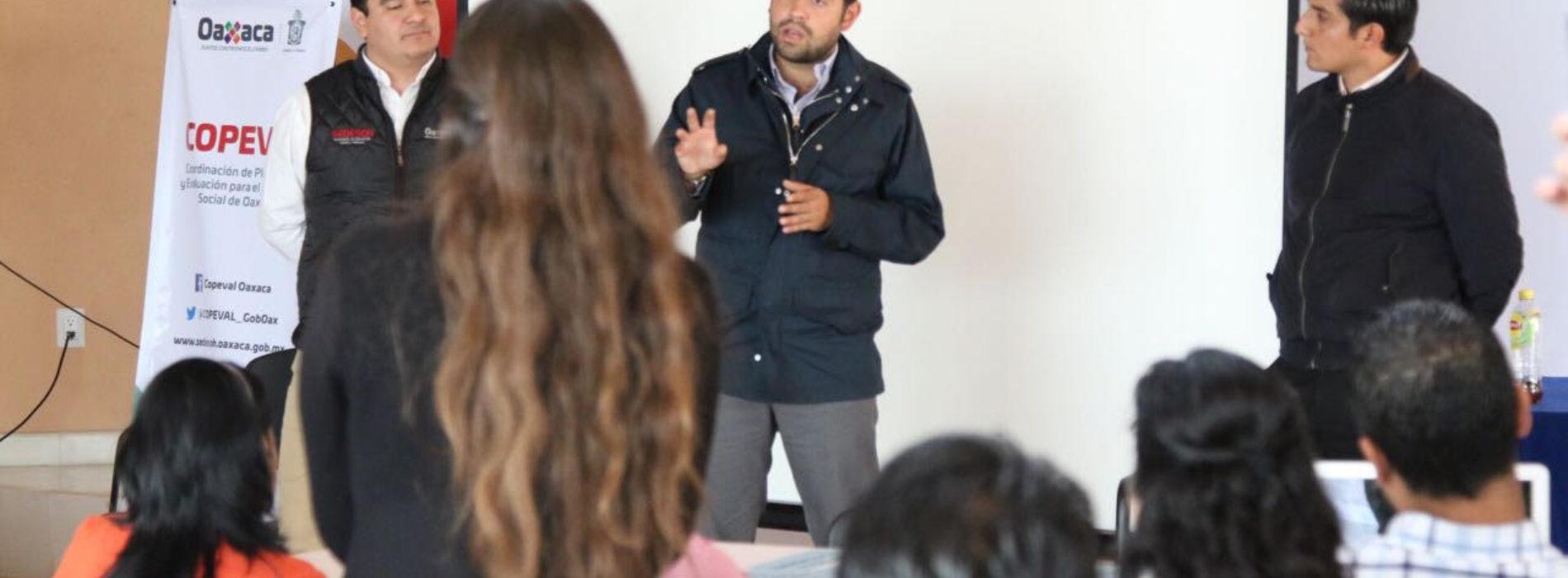 Programas sociales direccionados para las familias del Estado: Bolaños Cacho Cué