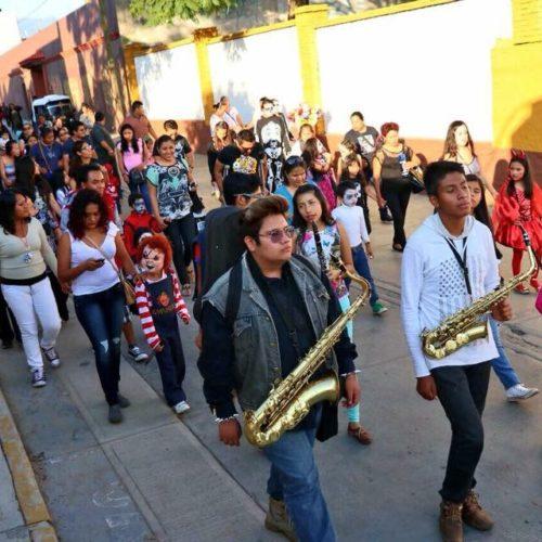 Entre música y cultura vivieron festividad de los Fieles Difuntos en Xoxocotlán