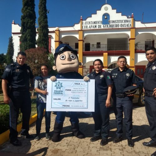 Entrega la PF 3 toneladas de ayuda a 2 agencias de Cuilapam de Guerrero.